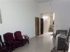 出租东环路新住房一套,3室2厅1卫550元/月