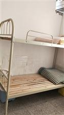 双层架子床,结实稳固,九成新