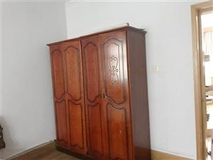 正和家属院3室1厅1卫350元/月
