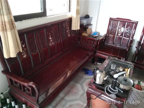 急售,實木家具一套,五件套,可面議13630401432