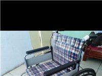 折疊輪椅 腳踝骨折時購買,只在出院、復查、拆板時用過六次,加起來也沒有使用半小時,九成九新,部分包裝...