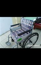 折叠轮椅 脚踝骨折时购买,只在出院、复查、拆板时用过六次,加起来也没有使用半小时,九成九新,部分包装...