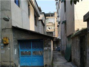 私人建房占用公共通道向哪个部门投诉