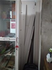 八扇门大衣柜  和厅柜,已拆好,只需运走,再安装就能使用