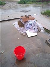 万家滨湖新区大约有一方沙子,给钱就卖。