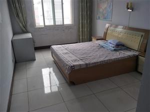 世纪明珠花园3室2厅1卫900元/月