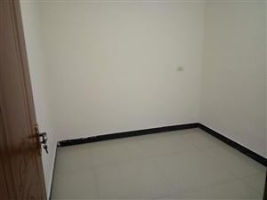 金码头1室1厅1卫450元/月