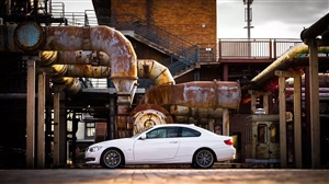 低价出售:11款宝马335i俩门轿跑 12年底落户 ,实表8w6公里 3.0T    延安户 联系电...