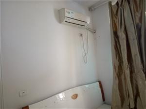 十字街附近2室1厅1卫8000元/月