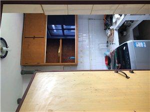 红磷小区2室2厅1卫14万元