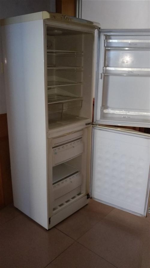 长阳某先生出售冰箱