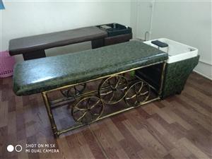 出售二手泰式洗头床,九成新,买来没用几个月17515716379