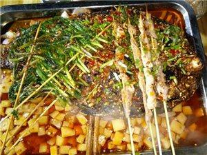 秀山�I袖�城王二小��烤,主打烤�~,米豆腐以及各�N��烤食材,烤�~,米豆腐味道一�^。口�X留香,回味�o�F。
