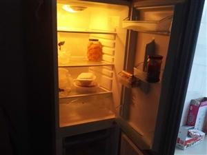 工作调动新冰箱出售
