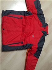 出售一批服装厂尾单棉服,质量好,价不高!