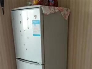 冰箱500,床和床垫三百