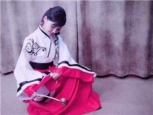 书屋品茶,格调高雅,宏扬传统文化!