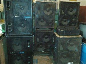 专业音箱 :双12吋,黑色,150瓦,每...