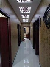 阜城帝豪小区饭店转让了,电话15631835133