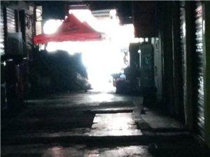 绿洲广场的消防通道还有吗,大家的娱乐场所哪里去了
