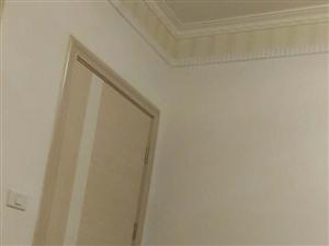 房子出售六合�f�@三室二�d一�N一�l共八�窃谌���、家具�R全、拎包入住、�系18039977825微信�1