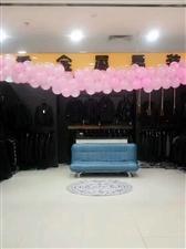 撤店狂甩中。出售货架,吧台,沙发。衣镜等。