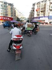 中环国际红绿灯坏了