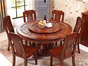 精美小沙发,特价1480,价格美丽,质量优质!!!有需要购买的小伙伴拨打18707472715
