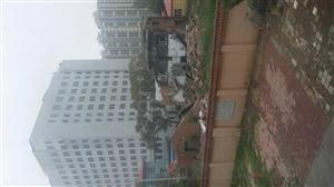 建华厂医院建楼影响居民楼……挡光!讨说法!