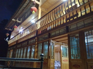 卡乌药谷江村自建民房农家夜景