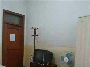 吉庆大酒店旁边1室300元/月