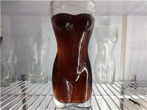 擼串,送梅子酒