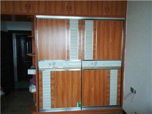 衣柜門定制安裝
