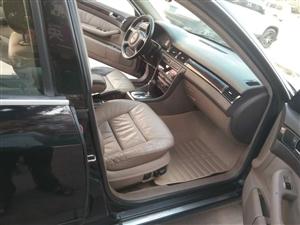 出售奥迪A6L手续齐全无事故随时过户全款三万多