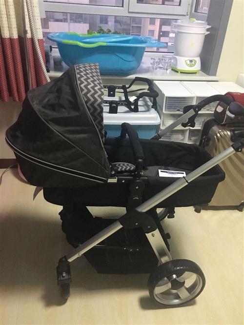 全新,baby手推车,正品保证朋友送的,婴儿可坐,可躺自由调节,座椅倾斜高度也可五点式安全带,背带可...