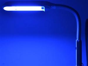 黄疸蓝光灯,用来治疗新生儿黄疸