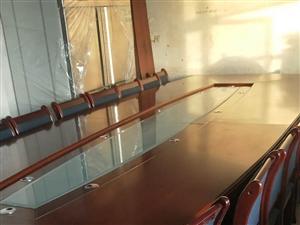 高档会议桌,九成新 长5米,宽1米8。...