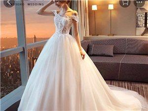婚纱和礼服便宜出!!!有没有想要的小仙女!