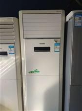 二手格力5匹柜机