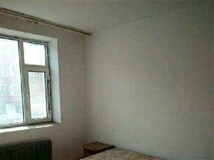 民主小区二楼2室1厅1卫700元/月