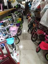 龙山县龙贸市场童车旺铺低价转让18974375551