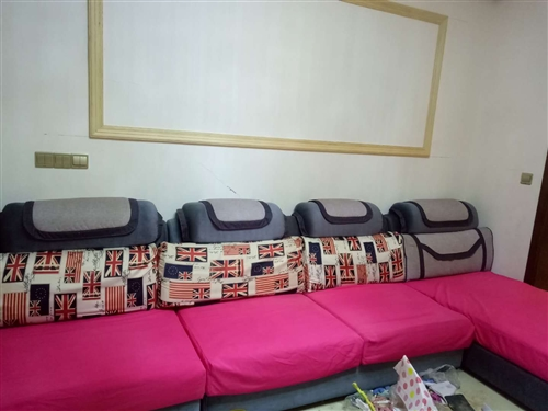 急售沙发:长3.56米,8成新,1200元