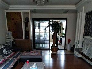 龙腾锦城3室2厅2卫66万元