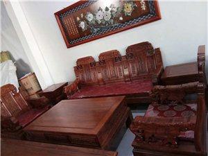 老榆木沙发13000六件套,送玉石雕刻画一幅