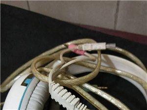 1.8折处理鼠标、键盘、耳机、需要的抓紧了。微信电话:15225545627