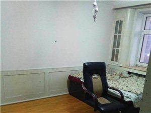 启明小区3室1厅2卫52万元