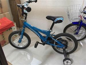 儿童自行车,适合一米二以下,大港区二小自提。微信,14672913,请注明来意
