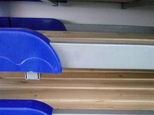 幼儿园滑梯,桌椅,鞋架,摇摇车,儿童陶瓷池塘,陶瓷坐便等低价出售,低价出售,故意德律风联络!