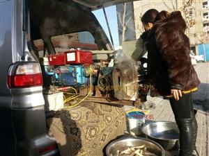 9成新,食品膨化机,双机两用膨化果,江米棍,糖酥粽子。爆米花机。手工蛋卷机。地址榆社县城。