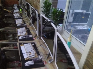 长期收售网吧二手电脑主机显示器  配置齐全  现货!零售批发均可  包含办公游戏主机,各种尺寸显示器...